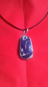 Trang sức mặt dây đeo đẹp ( bọc bạc )từ tiêu bản gốm sứ cổ xanh trắng thời Ming