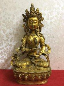 Giao lưu bức tượng Phật Mật tông rất đẹp và thần thái...Mời các Bác hữu duyên ạ! Chất liệu: Đồng đúc