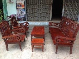 Bộ ghế gỗ cẩm lai tay cuộn