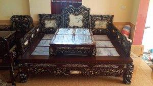 giường ba thành cẩn ốc