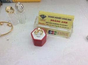 Nhẫn cặp gắn kim cương vàng 14K...