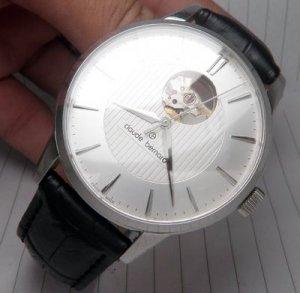 Đồng hồ Claude Bernard...