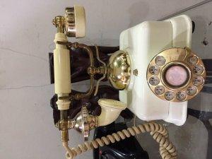 Điện thoại quay số cổ Hàn Quốc