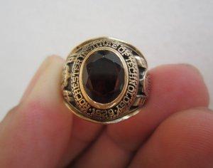 Nhẫn 10K, Hột vàng màu trà đậm, size 17,5,năm 1967.