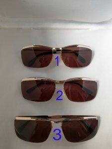 Mới về 3 cái kính cổ bọc vàng dáng kính solec đòn gánh.