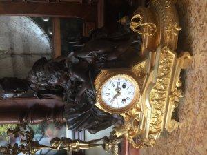đồng hồ để bàn lacke vàng