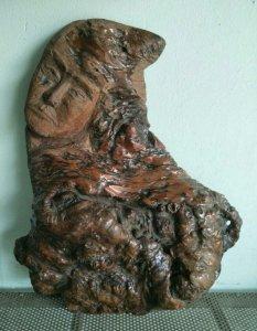 Mấy tượng gỗ nu độc lạ quý hiếm...