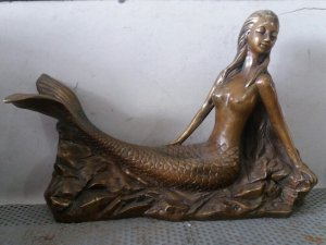 Tượng nàng tiên cá nude quý...