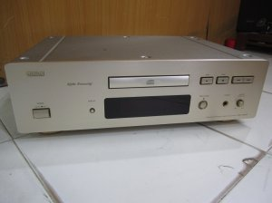 CD DENON 1650AR