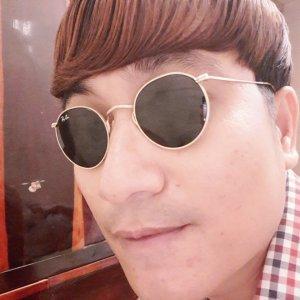 Mắt kính rayban chú thòong h...