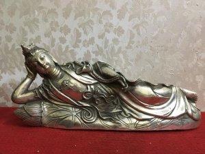 Phật nằm rất đẹp và độc đáo,...