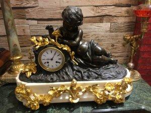 Đồng hồ tượng pháp cổ