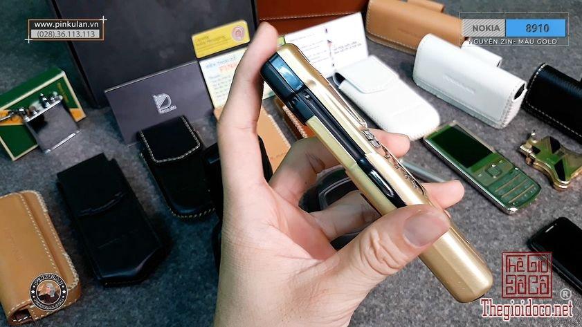 Nokia-8910-Gold (5).jpg