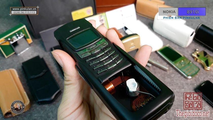 Nokia-8910i-phien-ban-pinkulan (7).jpg