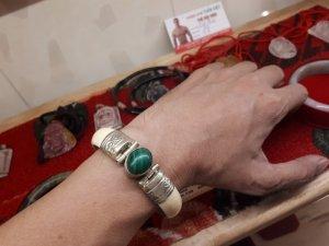 Vòng đeo tay ngà vôi đính ngọc quý và bọc bạc cổ xưa