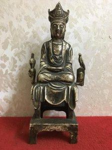Một bức tượng rất đẹp và lạ hàng xưa cũ cực đẹp...Giá êm cho các Bác quan tâm! Chất liệu: Đồng tráng