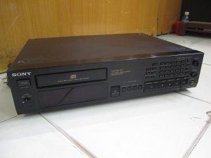 ĐẦU CD SONY 997