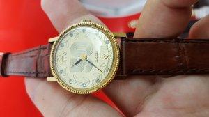 Đồng hồ Nivada nữ vỏ lacke xưa...