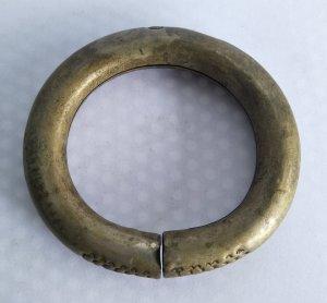Vòng bạc cổ xưa quý hiếm độc lạ Phone : 0938 179 545