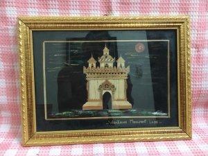 Tranh Vientiane Monument Laos, chất liệu trúc trên nền vải, mới tinh như hình``