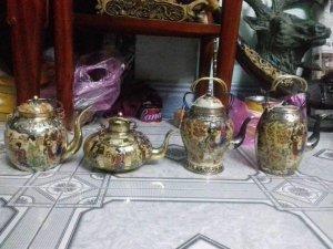 Bốn bình trà nhật xưa