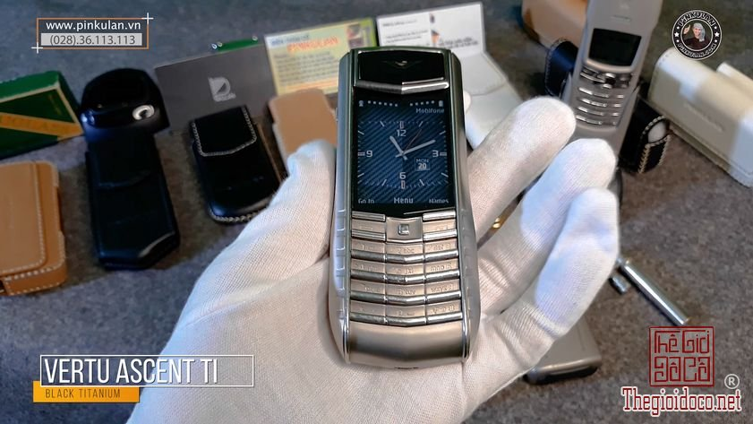 Vertu-Ascent-Ti-Back-nguyen-zin (5).jpg