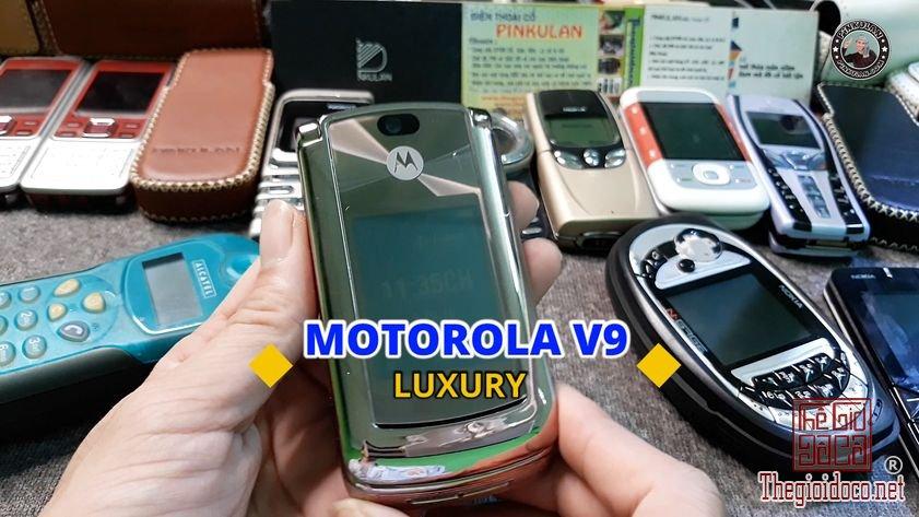 Motorola-V9-Luxury (1).jpg