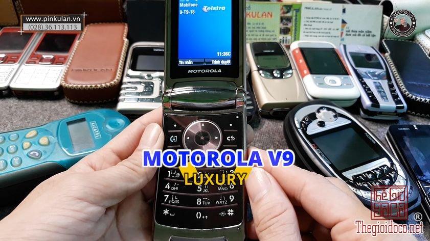 Motorola-V9-Luxury (2).jpg
