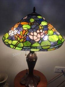 Đèn Bàn Tiffany Hoa Sen