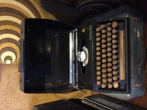 Máy đánh chữ Tippass nguyên bản
