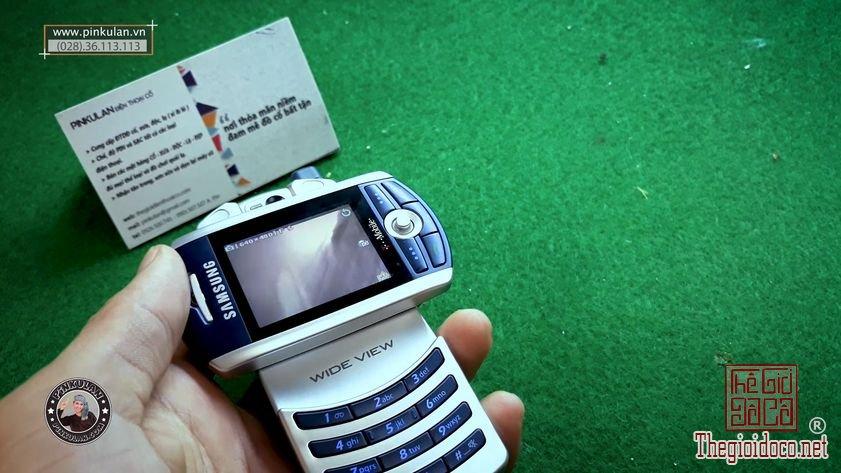 Samsung-Z130-nguyen-zin-chinh-hang-gia-re (4).jpg
