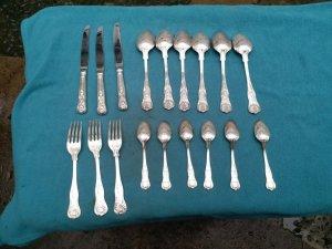 Bộ dao muỗng nĩa bạc xưa us...