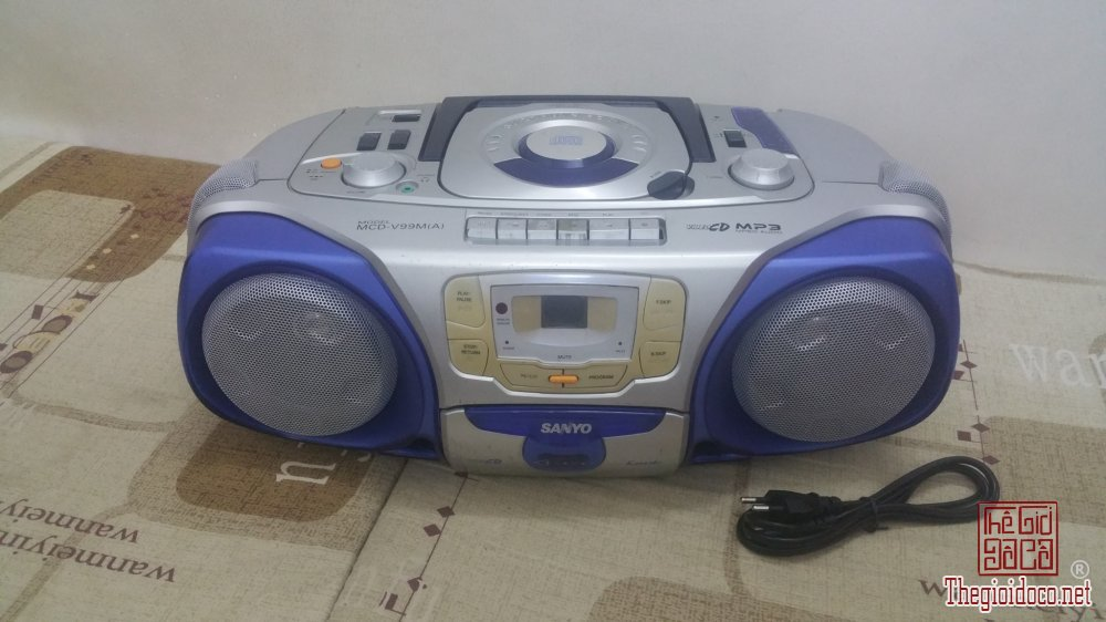 Đài Radio Cassette SANYO MCD-V99