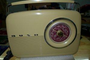 HCM - Q10 - Bán Radio Bush TR82/97