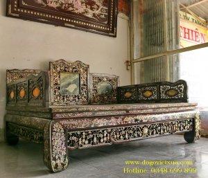 Giuong Co Ba Thanh Go Cam Lai.JPG