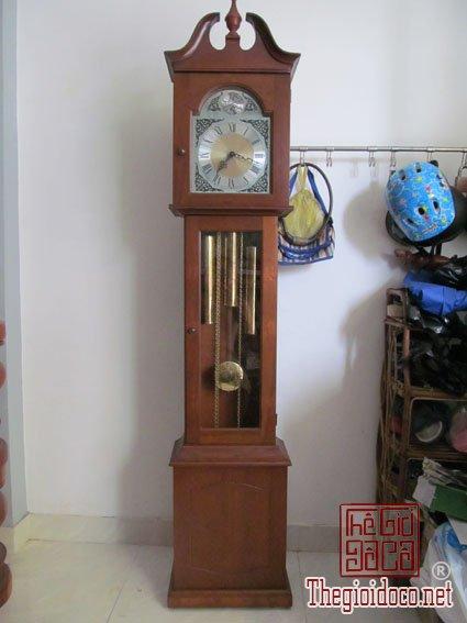 Đồng hồ treo tường, để bàn cổ Nhật Đức các loại.