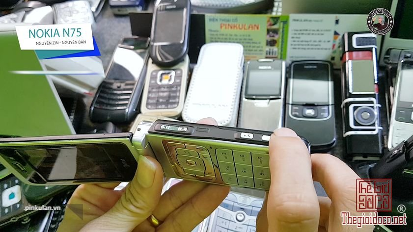 Nokia-N75-huyen-thoai-dinh-dam-mot-thoi (3).jpg