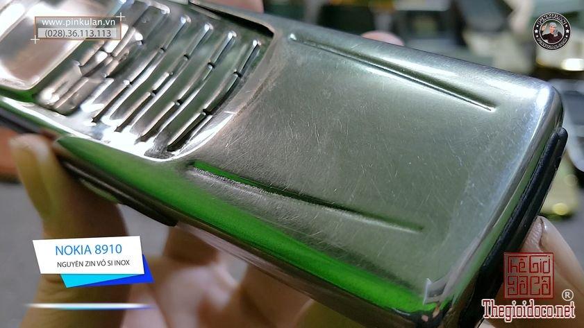Nokia-8910-si-inox-cuc-doc-cuc-chat (4).jpg