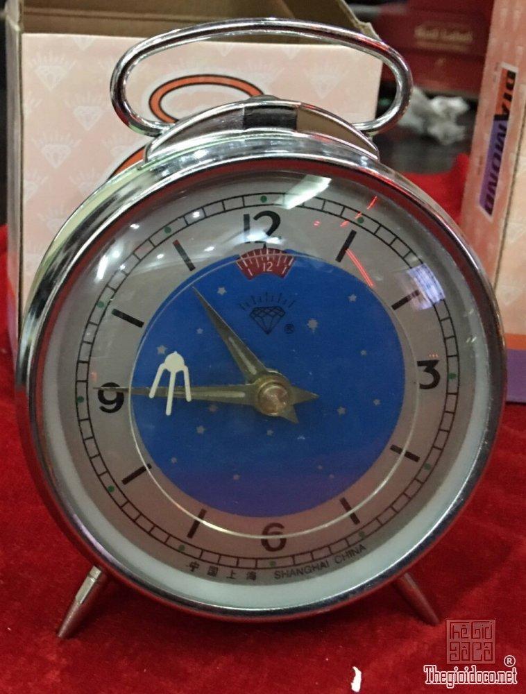 Đồng hồ chim én thời bao cấp hoạt động tốt vặn dây cốt zalo: 0776218163 Tiệm hoàng thiên