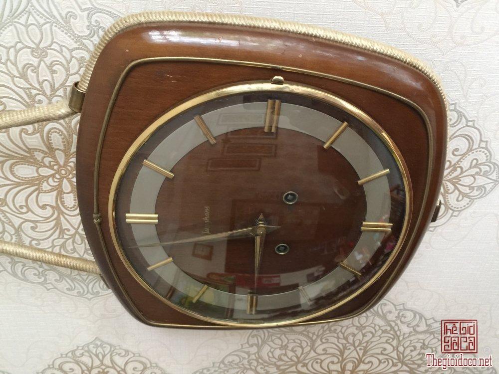 Đồng hồ Junghans đẹp