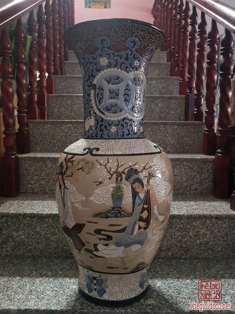 """Bình Biên Hòa :""""Cầm Kỳ Thi Họa"""" xưa có mộc.Cao 78cm*đkm 30*vb 117cm."""