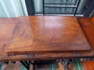 Bộ bàn máy khâu singer gỗ gõ...