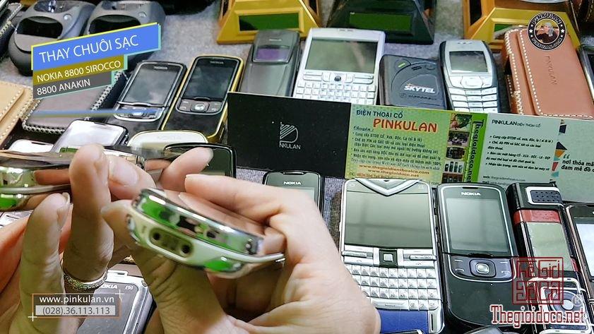 Thay-chuoi-sac-Nokia-8800-Sirocco (3).jpg