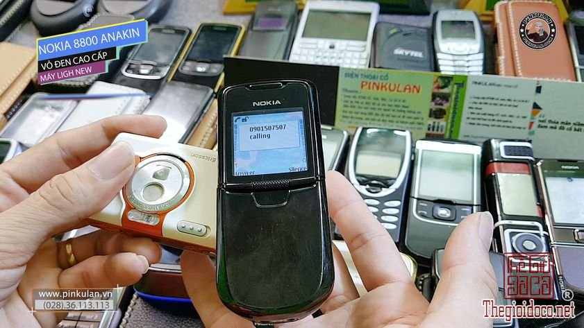 Nokia-8800-Anakin-Black-Main-Zin (6).jpg
