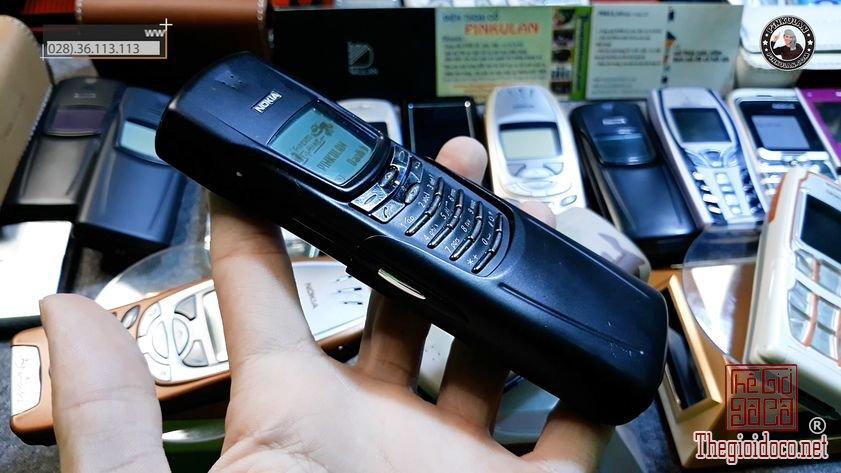 Nokia-8910-mau-den-nguyen-ban (4).jpg