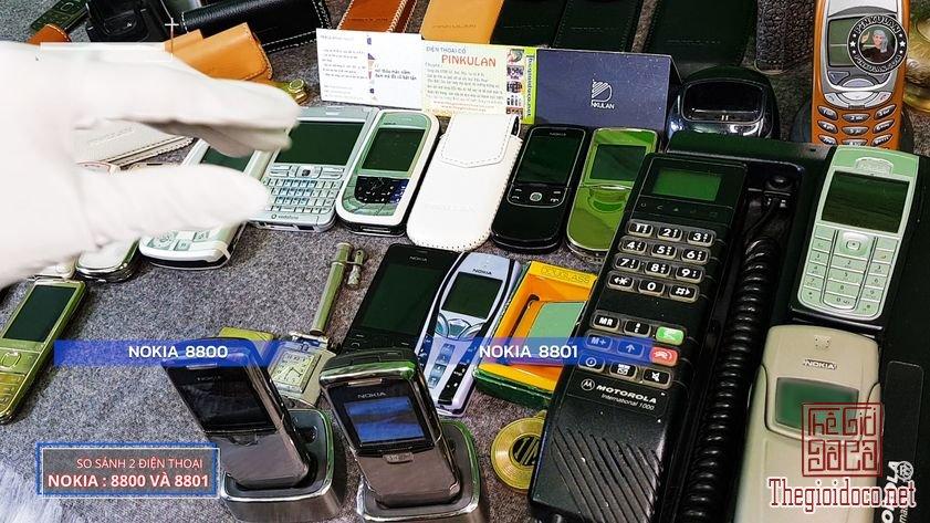 Phan-biet-Nokia-8800-va-Nokia-8801-bang-mat (8).jpg
