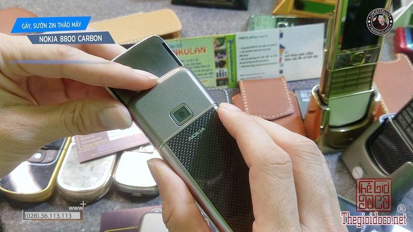 Thay-gay-suon-Nokia-8800-Carbon (2).jpg