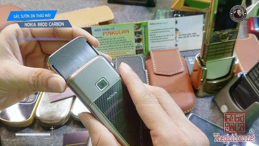 Thay-gay-suon-Nokia-8800-Carbon (3).jpg