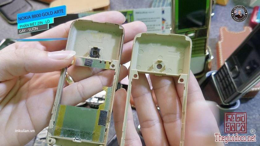 Phan-biet-gay-suon-zin-va-lo-Nokia-8800-Arte-Gold (4).jpg
