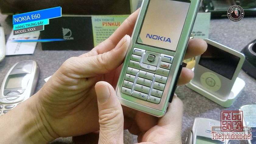 Nokia-E60-hang-trung-bay (6).jpg